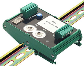 Output module - 1 relay output 240 VAC / 5 A, DIN rail mounted.